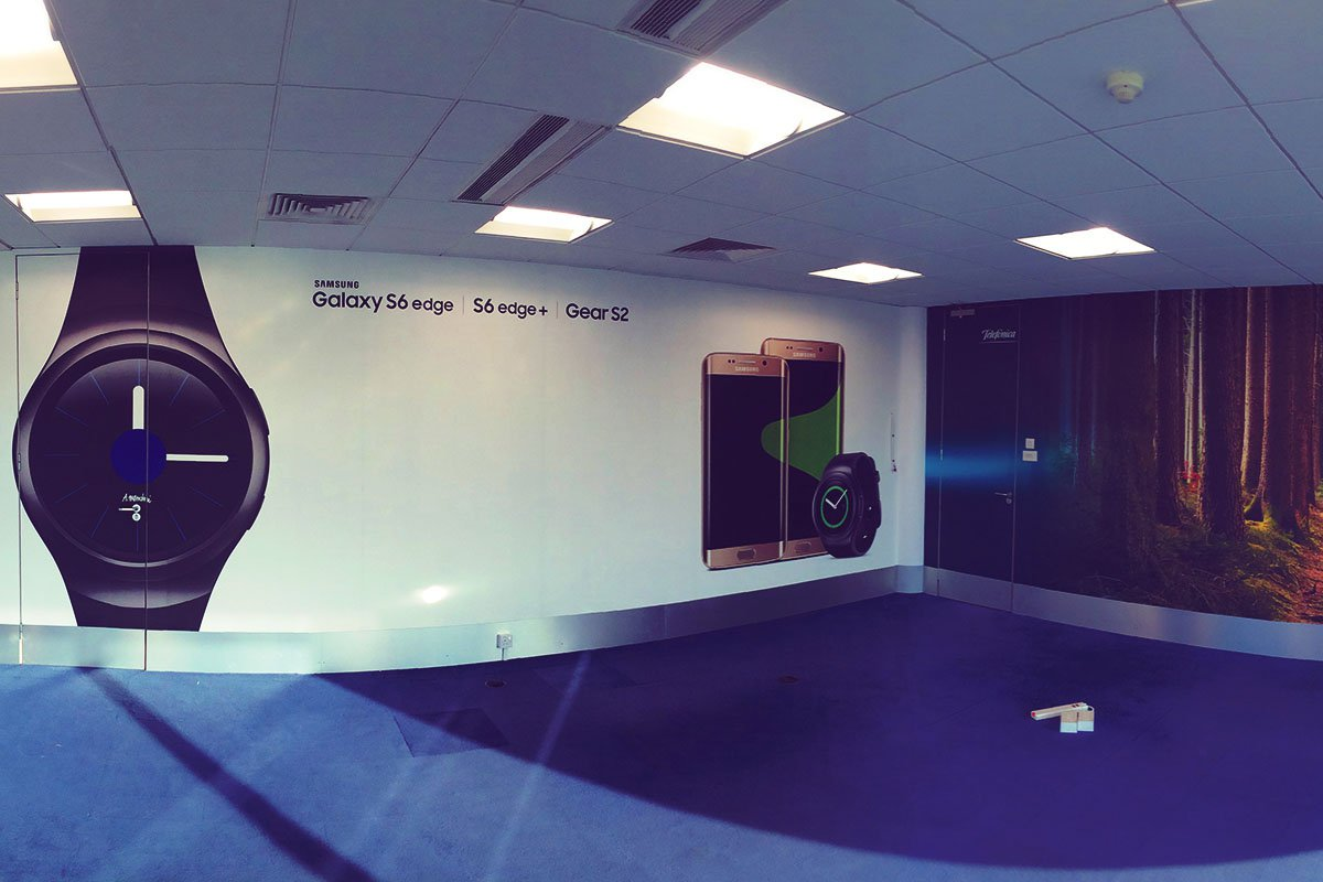 O2 Meeting  room branding